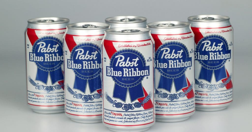 1411150516000-DXX-Pabst-Blue-Ribbon-Beer-03